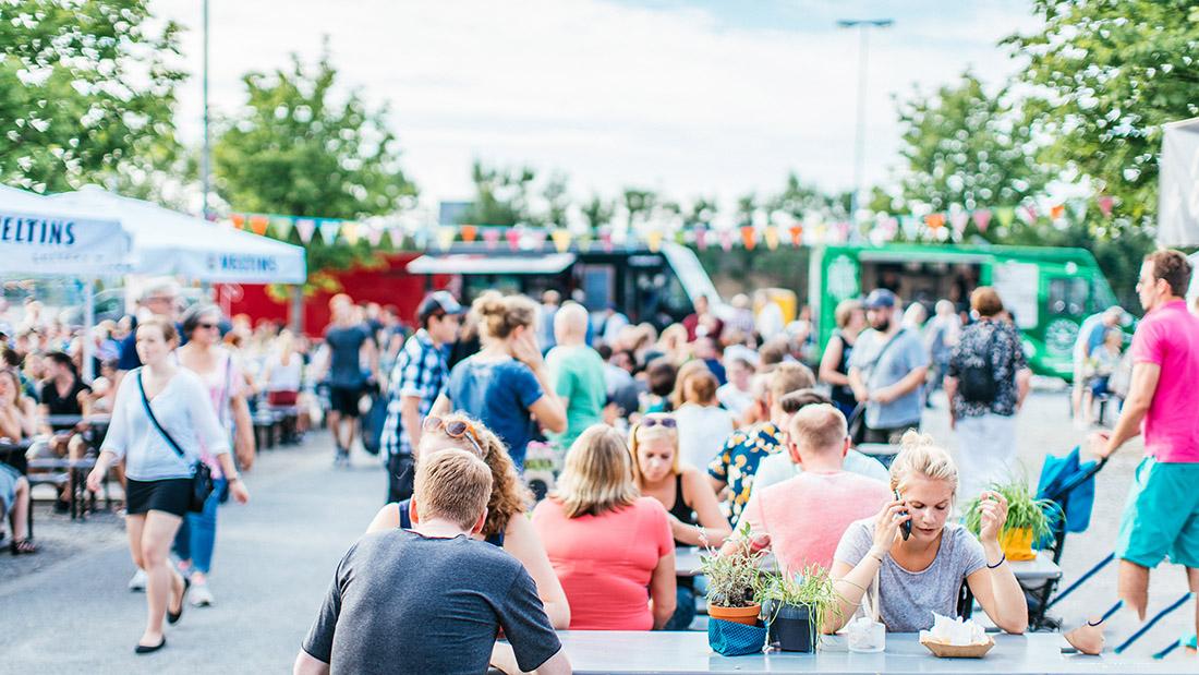Street Food Markt am Hawerkamp in Münster mit food Trucks