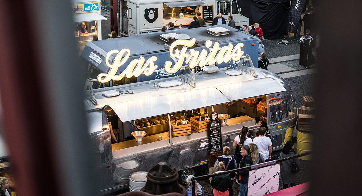 Food Truck und Air Stream bei Street Food Festival Food Lovers